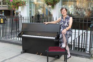 Schimmel Event Piano