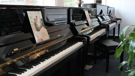 Schimmel piano display