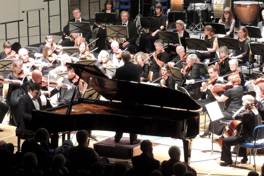 Alexander Panfilov with Maidstone Symphony Orchestra